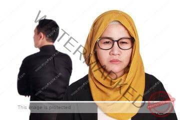 Isteri Curang